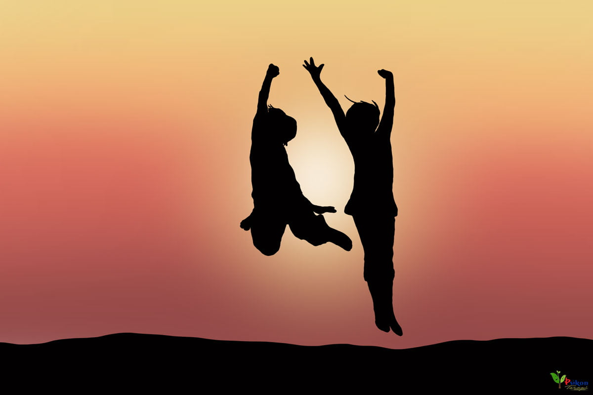 Dikkat Eksikliği Bozukluğunun (DEB) Dikkat Eksikliği ve Hiperaktivite Bozukluğundan (DEHB) Farkı Nedir?